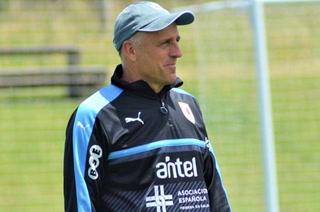 ¿Cuál es el salario que Fabián Coito tendrá en la selección de Honduras?