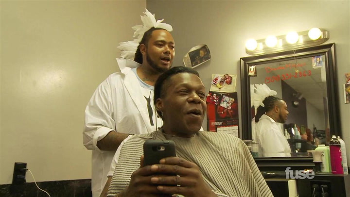 Big Freedia Gets Fresh at the Salon