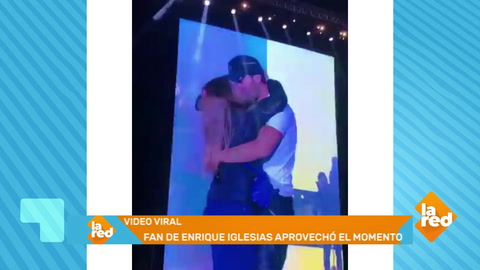 Así trata Enrique Iglesias a sus fanáticas