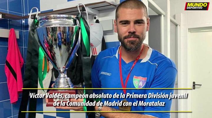 Víctor Valdés, campeón absoluto de la Primera División juvenil de la Comunidad de Madrid con el Moratalaz