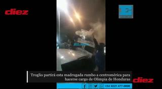 La locura de aficionados argentinos despidiendo a Pedro Troglio