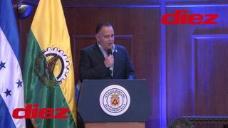 Mauricio Dubón recibe reconocimiento como Sampedrano Distinguido