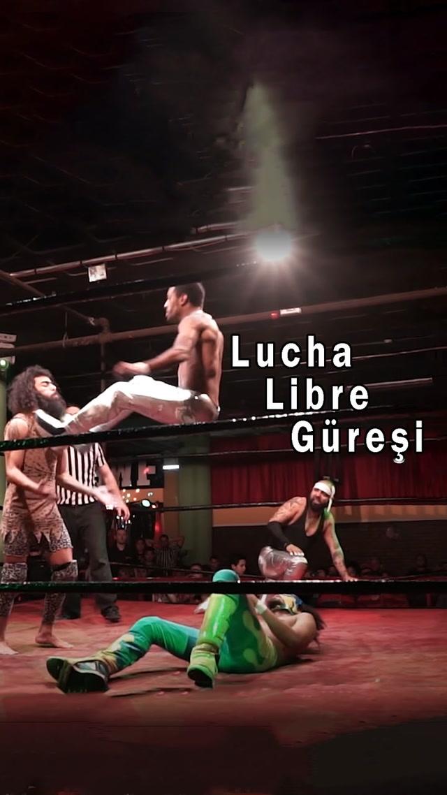 Lucha Libre güreşi. Güreşle sanatın birleşimi.