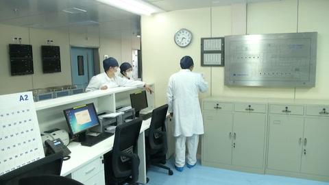 Cóctel de tratamientos para combatir el coronavirus en Shanghai