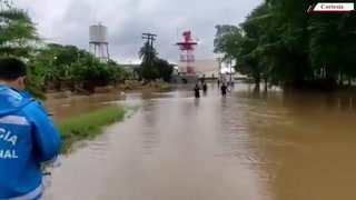 Se reporta desbordamiento del río Chamelecón cerca del Aeropuerto Ramón Villeda Morales