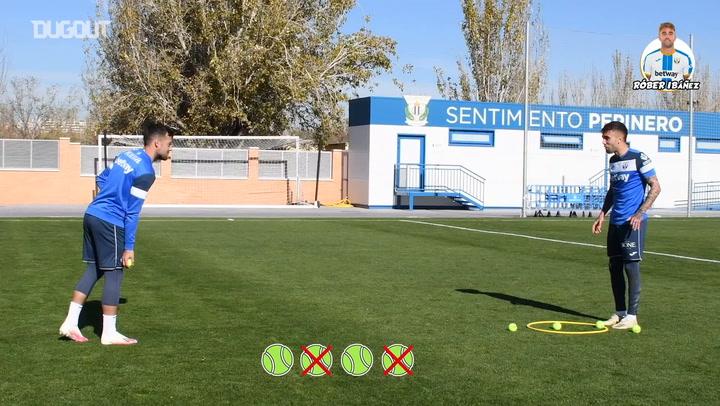 Touch and precision challenge: José Arnaiz vs Róber Ibáñez