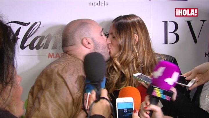 Kiko Rivera e Irene Rosales zanjan con un beso los rumores de crisis