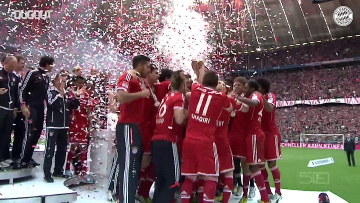 Bayern de Munique recebe o troféu da Bundesliga de 2019/20