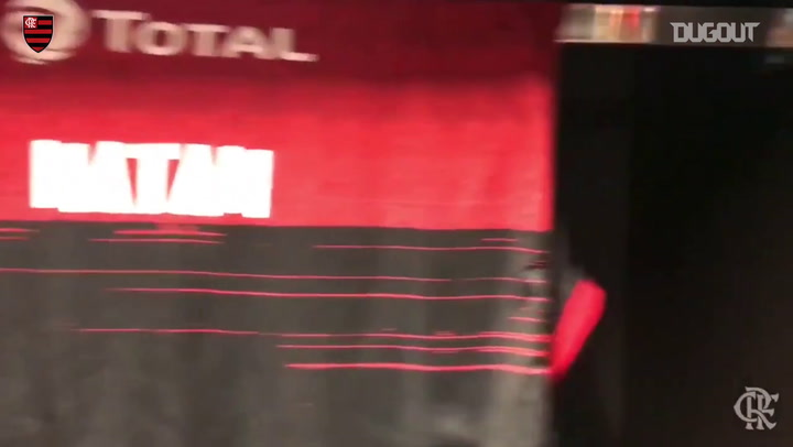 Everton Ribeiro honours Sean Connery with '007' jersey at Flamengo