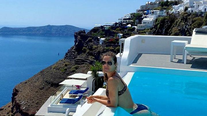 ¡Paseos en camello y piscinas increíbles en Santorini! Las paradisíacas vacaciones de Jaydy Michel en familia
