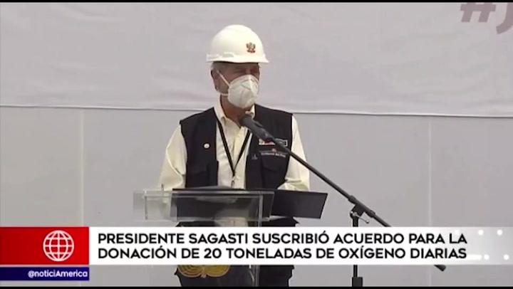 Sagasti suscribió acuerdo para la donación de 20 toneladas de oxígeno diarias