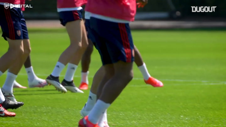 Gabriel Martinelli working hard in Arsenal training