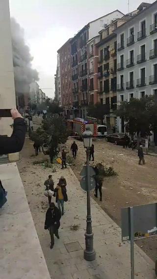 Fuerte explosión en la calle Toledo de Madrid, España
