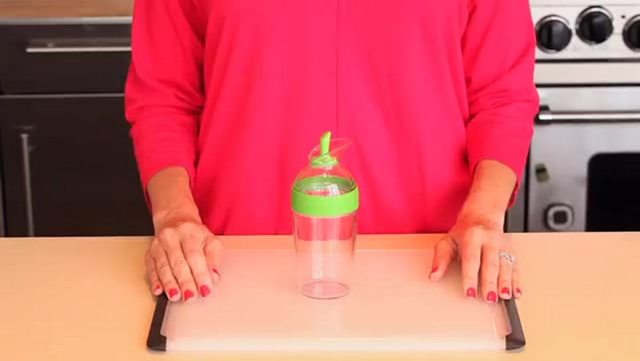Preview image of OXO Dressing Shaker video