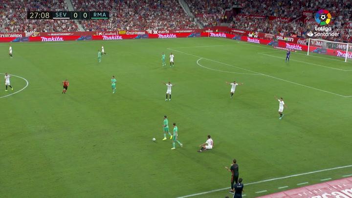 Lopetegui protestó una falta de Bale, pidió perdón y vio la amarilla
