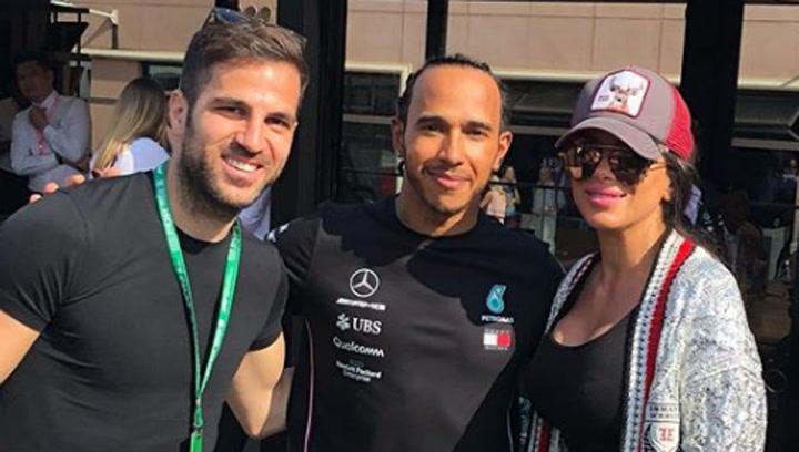 Cesc Fábregas y su mujer animaron a Hamilton en Mónaco
