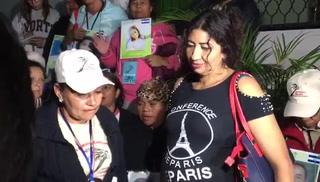 Hondureñas se reencuentran después de 12 años en México