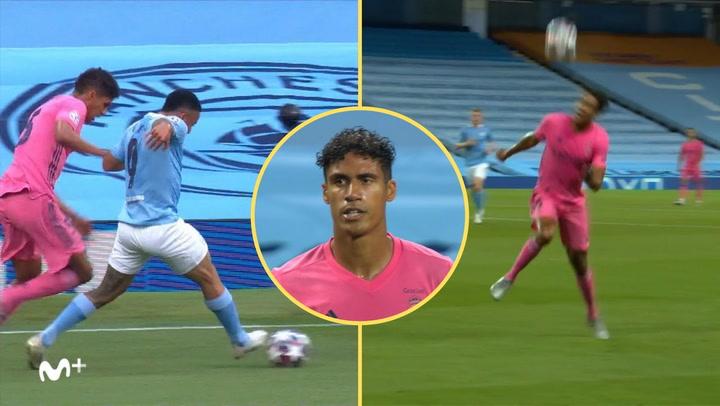 Champions League Manchester City-Real Madrid. El doble fallo de Varane en los goles del City