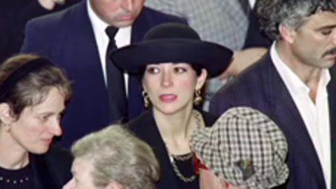 Arrestan en EEUU a exnovia de Epstein y la acusan de seis cargos de tráfico sexual