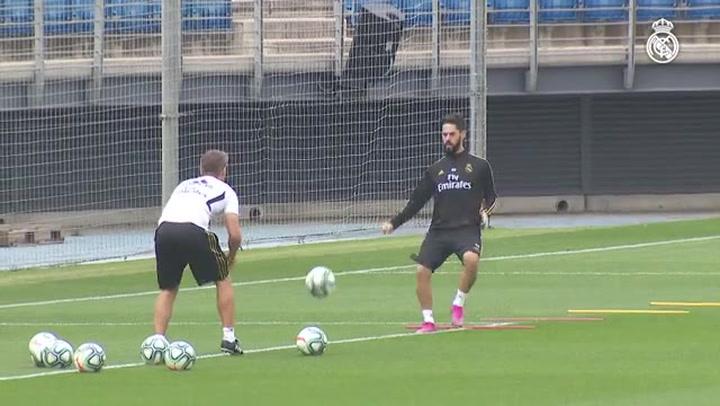 El Real Madrid vuelve a los entrenamientos para preparar el partido de Liga ante el Sevilla