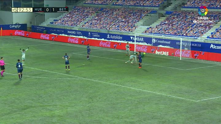 Gol de Sanabria (0-2) en el Huesca 0-2 Betis