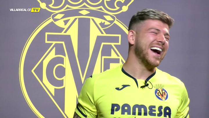 El divertido saludo de Alberto Moreno tras fichar por el Villarreal