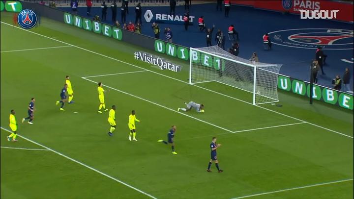 Neymar Jr finishes a superb team effort vs Lille