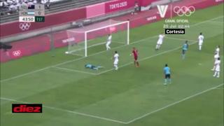 Luis Palma hace una jugada de crack pero el portero de Nueva Zelanda ahoga el grito de gol