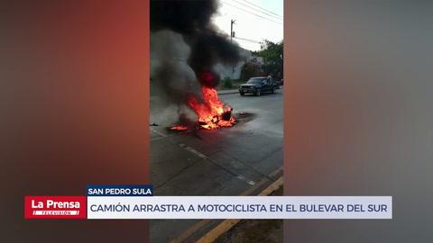 Camión arrastra a motociclista en el bulevar del sur