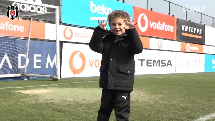 Kevin-Prince Boateng'in Oğlu Beşiktaş Antremanında