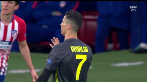 El gesto de Cristiano Ronaldo a los aficionados del Atlético