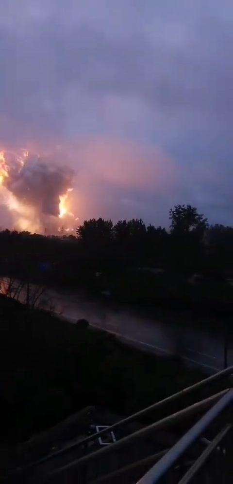 China: Explosión en planta de aluminio en Dengfeng, Henan tras inundaciones