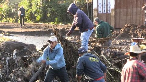 Cinco muertos por desborde de río en oeste de México