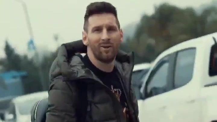 Messi aterrizó en Rosario porque había niebla en Buenos Aires