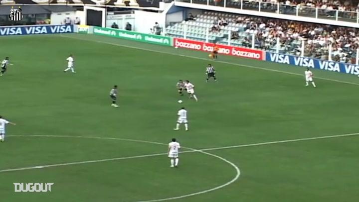 Neymar scores stunning penalty kick against Ceará in 2010