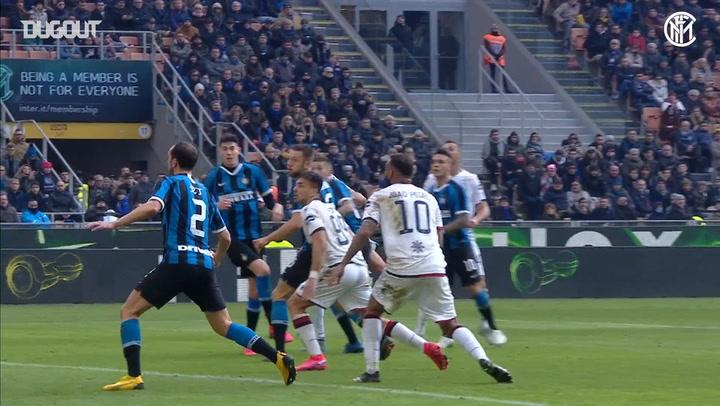 Samir Handanović's stunning stop denies Paolo Faragò