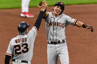 Mauricio Dubón conecta su segundo cuadrangular de la temporada en triunfo de los Giants sobre Cincinnati Reds
