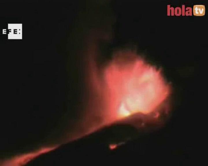 El volcán Etna entra en erupción dejando imágenes espectaculares