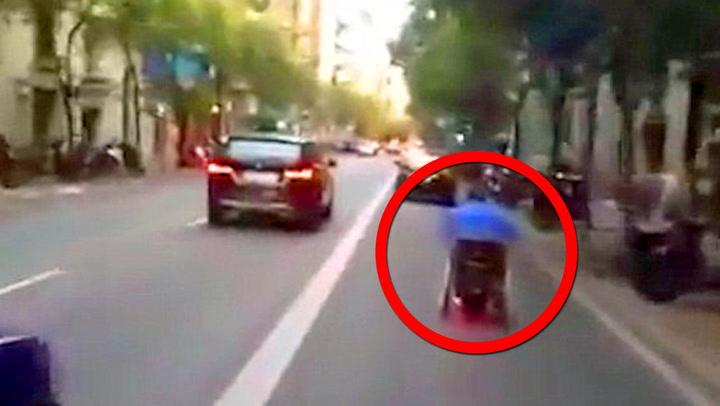 Fartsbølle i rullestol forbløffet politiet