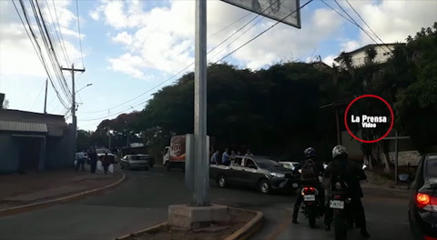Policías de Honduras celebran fin de
