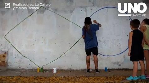 Así pintaron el mural en memoria de Augusto Paulón en Santo Tomé