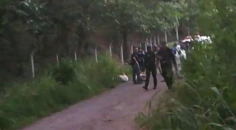 Encuentran dos cuerpos encostalados en cercanías de Los Laureles