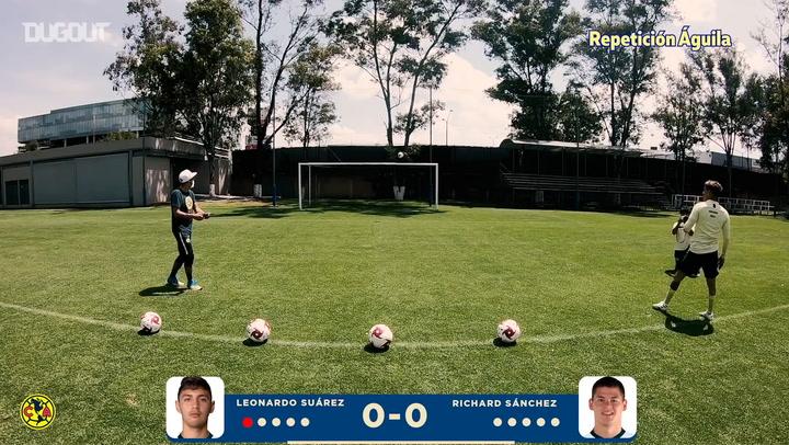 Richard Sánchez vs Leo Suárez crossbar challenge