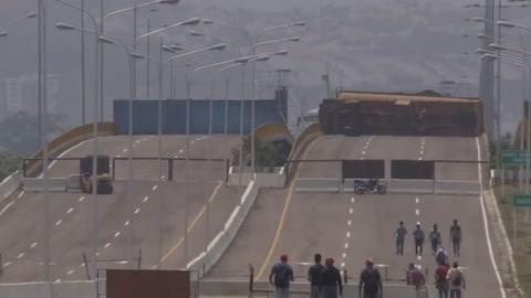 Concierto chavista y opositor, en frontera colombiana