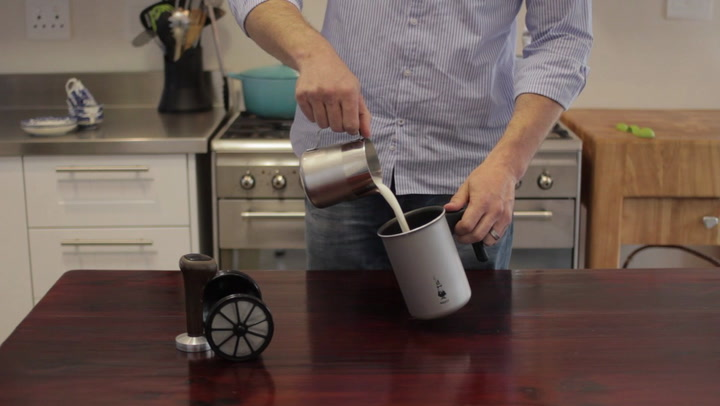 Preview image of Bialetti Tuttocrema Stovetop Milk Frother video