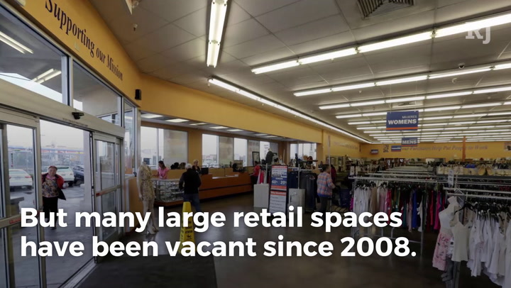 40 secrets only divorce attorneys know las vegas review journal but many large retail spaces have been vacant since 2008 discount stores like goodwill and gyms like eos fitness are filling those empty spaces solutioingenieria Choice Image
