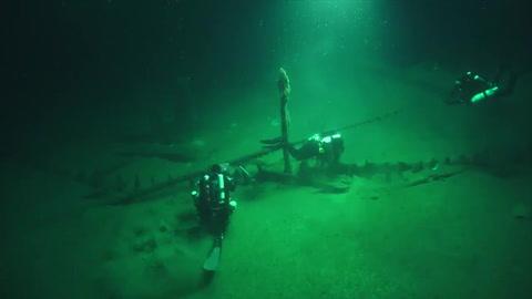 Hallan en mar Negro restos intactos de barco del año 400 aC