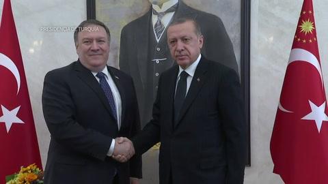 Pompeo se reúne con Erdogan en Turquía por caso Khashoggi