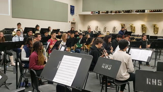 Rancho High School band tries to raise funds