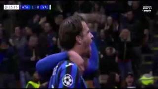 Hateboer sorprende al Valencia y pone a ganar al Atalanta